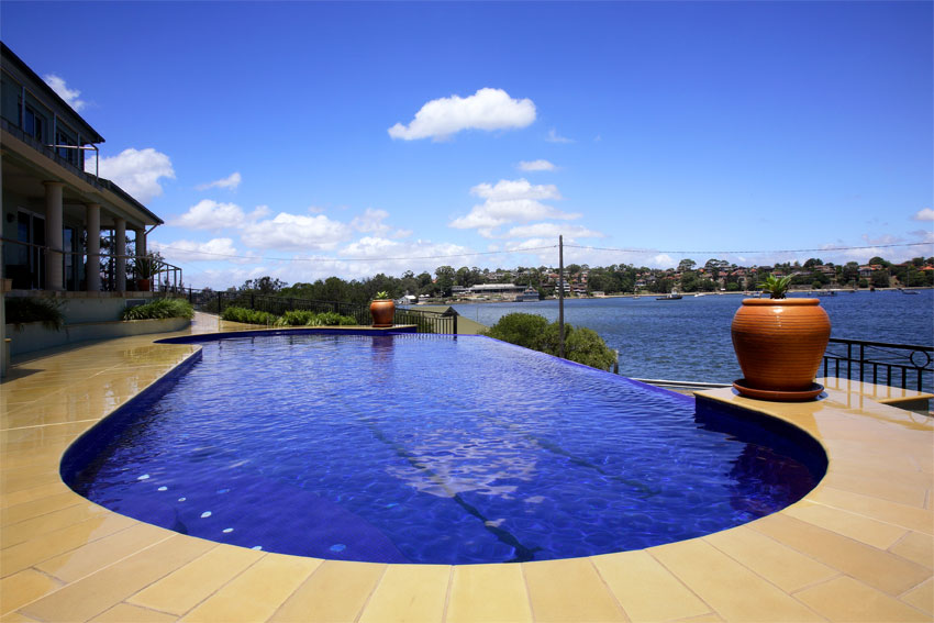 Swimming pool builders sydney blue water pools for Swimming pool companies