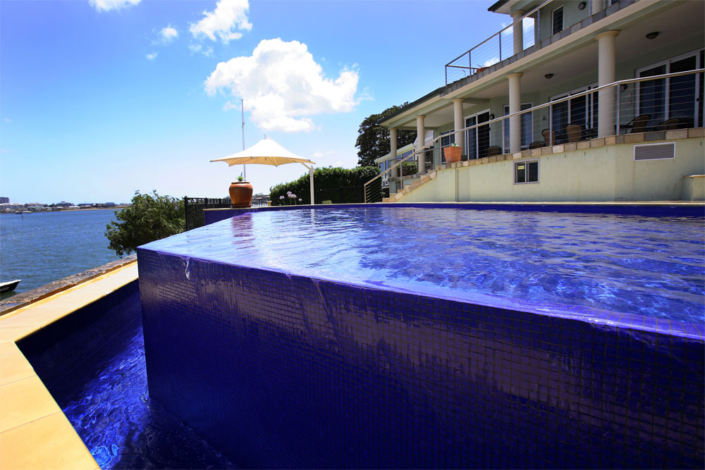 Blue water pools contemporary pool gallery for Pool design types